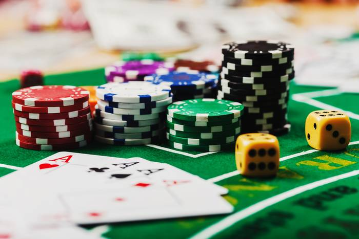 Азартные игры лесбиянок с массажем ног